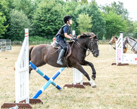 Black Ride: Show Jumping